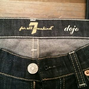 7 For All Mankind Dojo dark wash Size 27
